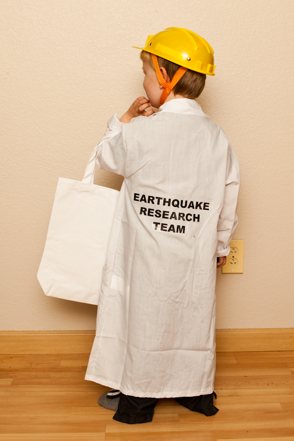 Will's Seismologist costume - back