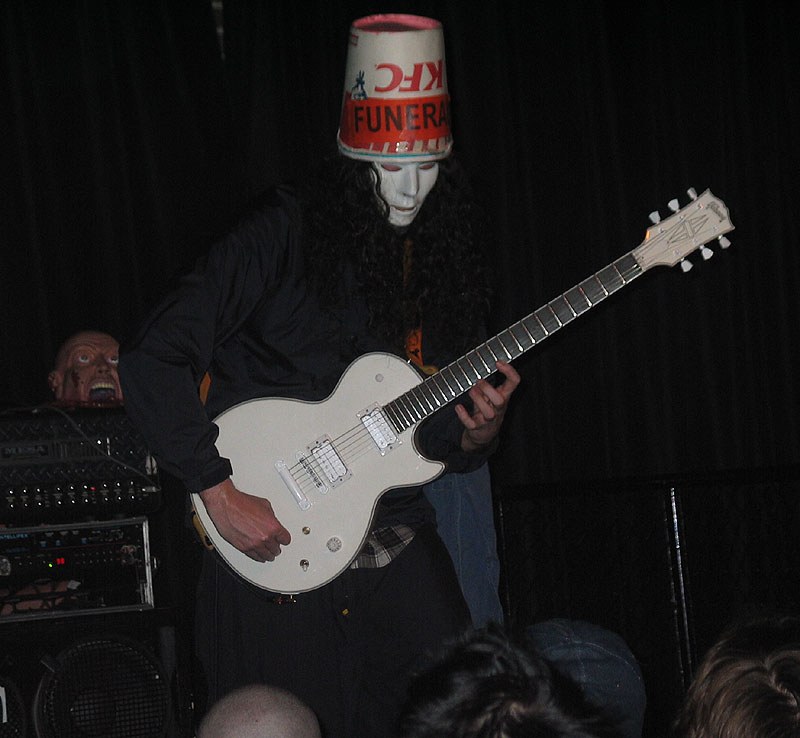 Gibson buckethead signature lp custom page 2 heres a good shot of his own lp asfbconference2016 Gallery
