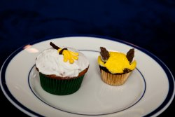 Broom and golden snitch cupcakes for Matheiu's birthday