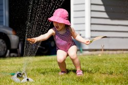 Kate in the sprinkler 6